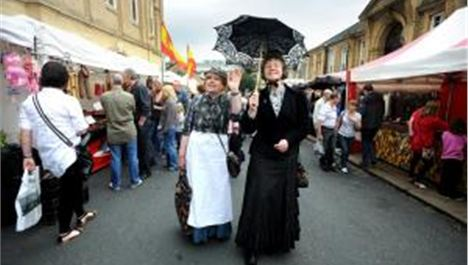 Saltaire Festival looks for volunteers