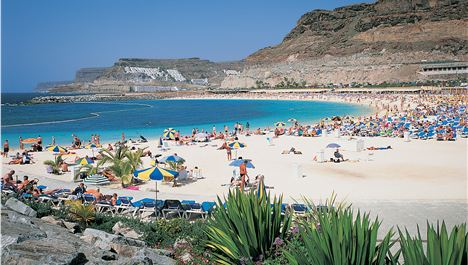 Jet2.com to Gran Canaria from £49.99*