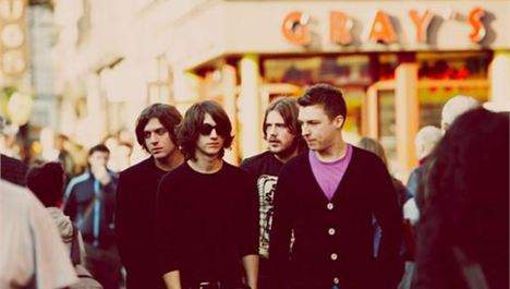 Arctic Monkeys announce UK arena tour