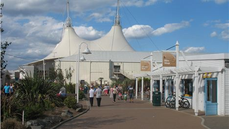 Confidential Goes To Butlins